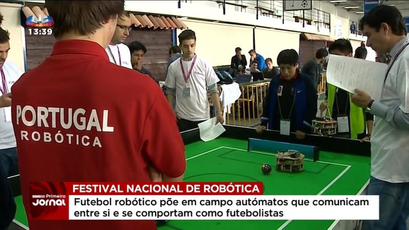 2016-05-07-Futebol-robotico